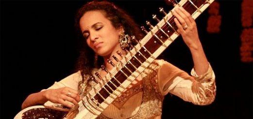Anoushka Shankar performed concert in Warsaw at Filharmonia Narodowa